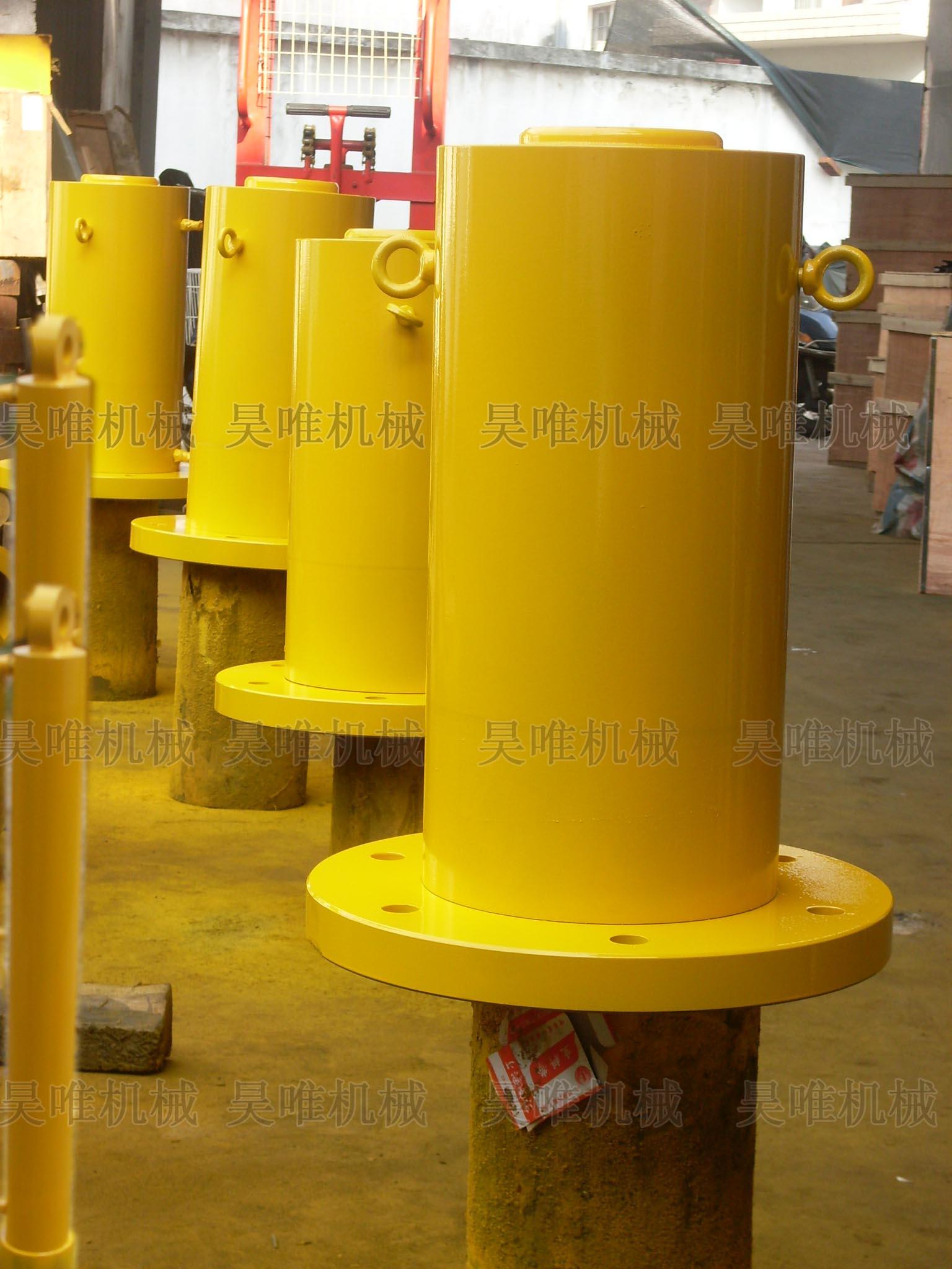 产品名称:带法兰盘大吨位液压千斤顶; 液压起顶机 320吨起重机 500t图片
